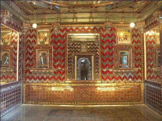 Pict1575 Moti Mahal City Palace Udaipur